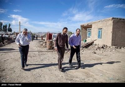 سفر جمعی از مدیران مسئول رسانهها به مناطق زلزلهزده غرب کشور