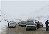 """گرفتاری مردم در برف و کولاک """"گردنه خان بانه"""" به روایت تصویر"""