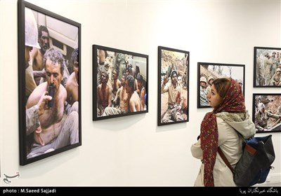 نمایشگاه عکس انجمن عکاسان انقلاب و دفاع مقدس