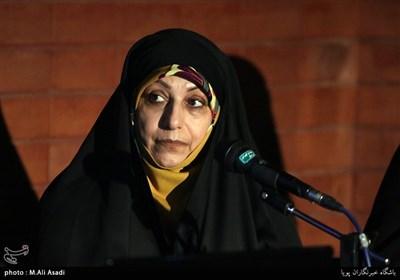رضیه غبیشی عکاس و همسر شهید عکاس منصور عطشانی