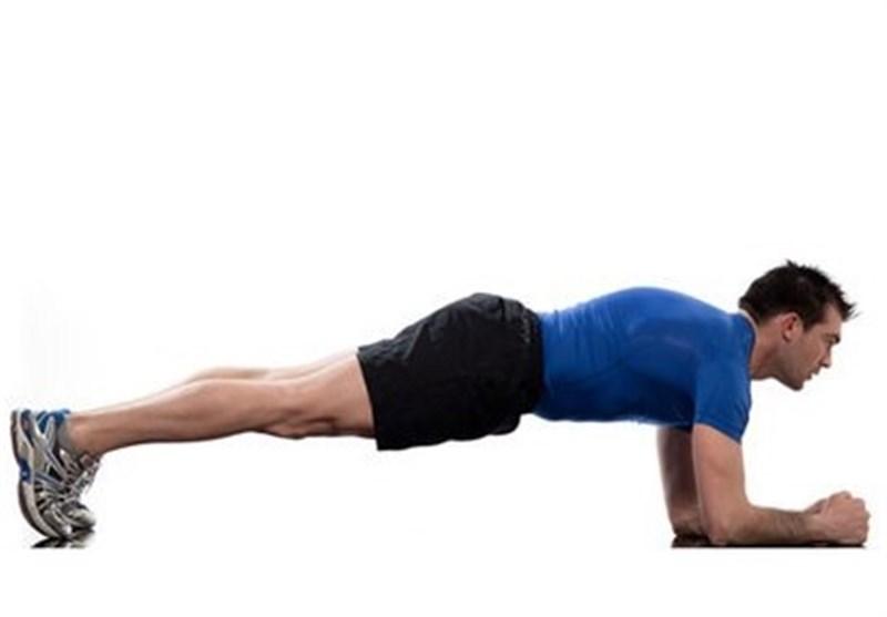مناسبترین حرکت برای شکلگیری عضلات شکم چیست؟