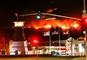 آتشسوزیهای گسترده در کالیفرنیا و فرار هزاران نفر از ساکنان محلی+تصاویر