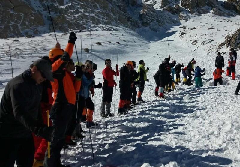آخرین اخبار از حادثه کوهنوردان مشهدی در اشترانکوه/ 8 کوهنورد جان باختند؛ ادامه تلاشها برای پیدا کردن آخرین مفقودی