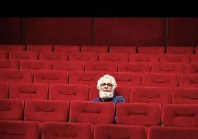 تماشاچی در وهله اول به تئاتر می آید که لذت ببرد و تفریح کند