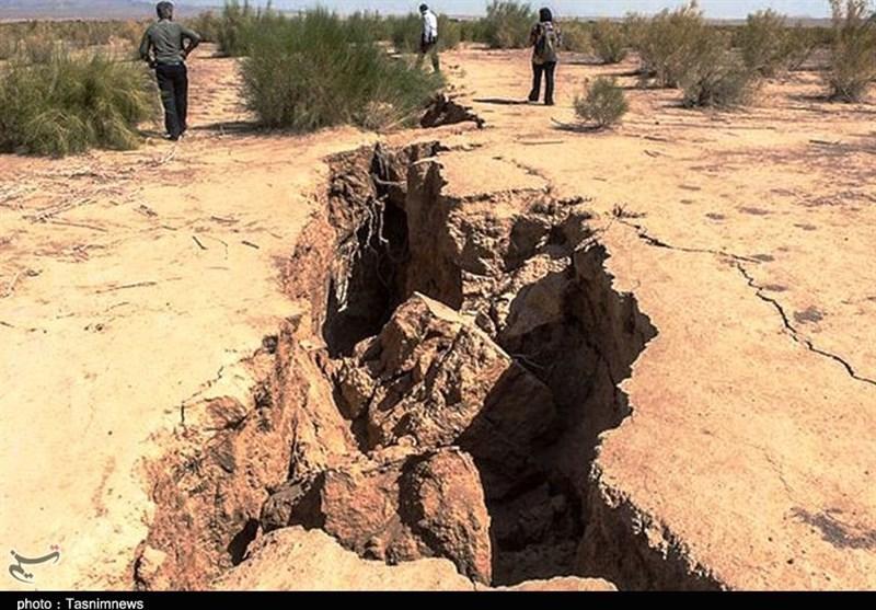 بحران فرونشست زمین در استان فارس؛ کدام مناطق با خطر بیشتری روبهرو هستند؟