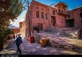 حریم منظر فرهنگی روستای تاریخی ابیانه نطنز مورد بازبینی قرار میگیرد