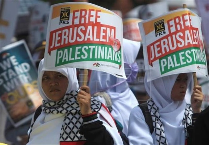 Indonesians Stage Rally to Slam Trump's Quds Move (+Photos)