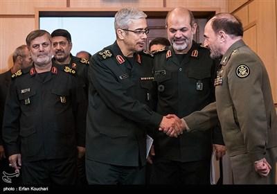 ورود سرلشکر محمد باقری رئیس ستادکل نیروهای مسلح به همایش قدرت های بزرگ و امنیت منطقه غرب آسیا
