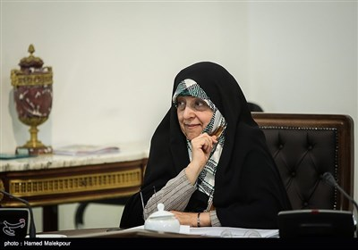 معصومه ابتکار معاون امور زنان و خانواده رئیس جمهور در جلسه ستاد فرماندهی اقتصاد مقاومتی