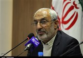 کرمان| مدیران باید برای ارائه گزارش کار و حل مشکلات در جمع مردم حاضر شوند