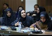 نشست خبری زاهدی در اصفهان