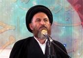 یاسوج| آیتالله ملک حسینی: قانونی که در سایهاش برخی حقوق نجومی دریافت میکنند باید آتش زد
