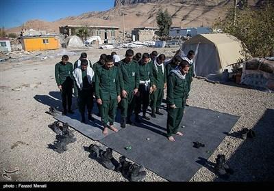 کرمانشاہ زلزلہ؛ سپاہ کی جانب سے عارضی مکانوں کی تعمیر کا آغاز