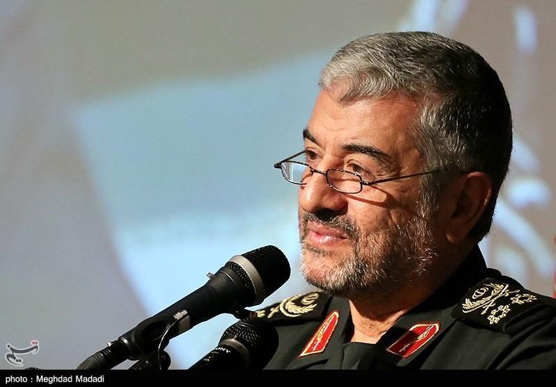 کرمان|فرمانده سپاه مهمترین شرط حل مشکلات اقتصادی را چه چیزی میداند؟