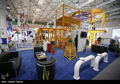 کیش؛ ایرانی بحریہ کی جانب سے جدید ترین آلات کی نمایش اور کانفرنس کا انعقاد