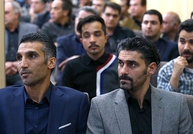 مومنزاده: صفرهای حساب فتحاللهزاده زیاد شده و فراموش کرده؛ قراردادم با استقلال 100 میلیون بود