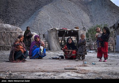 زنان روستای مرزی جورین به دلیل محرومیتهای فراوان دیگر هیچ آرزویی ندارند