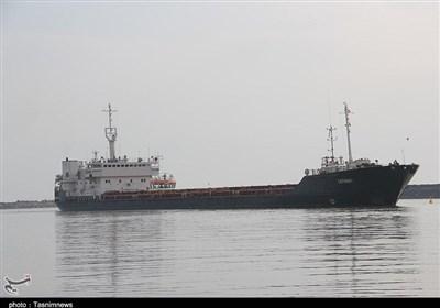 پهلوگیری 32 فروند کشتی حامل کالاهای اساسی در بندر شهیدرجایی/ ورود 4 کشتی حامل 276هزار تن گندم به بندر