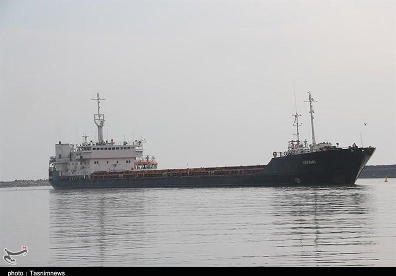 پهلوگیری 3 فروند کشتی حامل نهادههای دامی در بندر شهید رجایی/ 264 تن نهاده به سراسر کشور ارسال شد