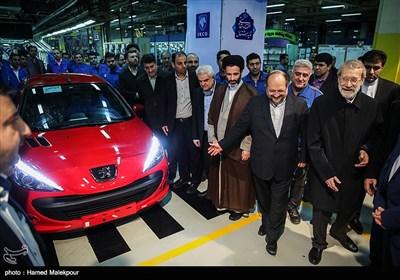 مراسم آغاز تولید پژو 207 i صندوقدار اتوماتیک با حضور علی لاریجانی رئیس مجلس شورای اسلامی