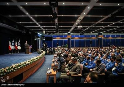 سخنرانی علی لاریجانی رئیس مجلس شورای اسلامی در مراسم آغاز تولید دنا پلاس توربو و پژو 207 i صندوقدار اتوماتیک محصولات جدید شرکت ایران خودرو