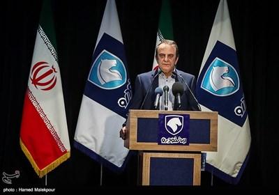 سخنرانی هاشم یکهزارع مدیر عامل ایران خودرو در مراسم آغاز تولید دنا پلاس توربو و پژو 207 i صندوقدار اتوماتیک