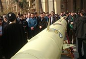 نمایش موشک بالستیک ذوالفقار در دانشگاه امیرکبیر