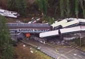 3 کشته و 100 زخمی در خروج قطار از ریل در آمریکا +فیلم و عکس