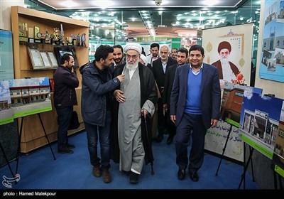 حجتالاسلام محمدی گلپایگانی رئیس دفتر مقام معظم رهبری در پایان مراسم افتتاح هزارمین مدرسه برکت