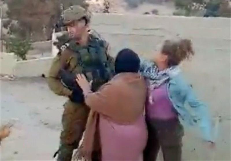 Image result for арабки бьют солдата
