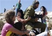شجاعت دختر مشهور فلسطینی برابر نظامی صهیونیستی در 2012 + فیلم