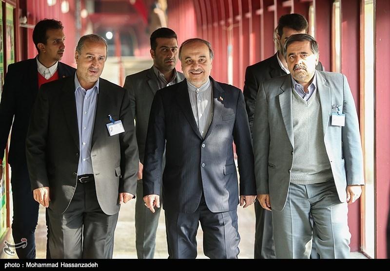 به بهانه بلاتکلیفی و احتمال تعلیق فوتبال ایران؛ سیاست سکوت وزارت ورزش تا چه زمانی ادامه دارد؟
