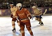 هاکی روی یخ پوتین در میدان سرخ مسکو +فیلم