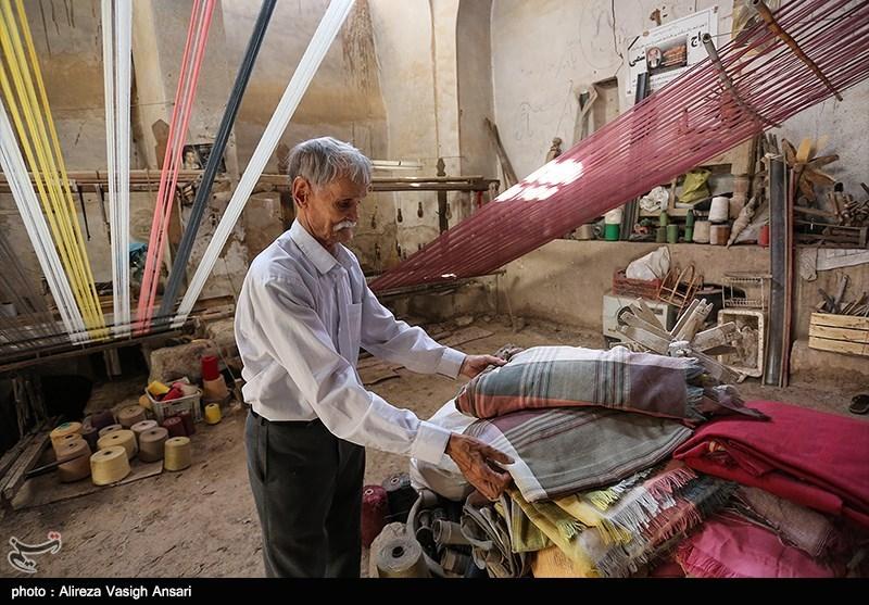 گرانی پشم کارگاههای صنایع دستی چهارمحال و بختیاری را تعطیل کرده است