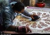 این هنر صنعت یکی از مهمترین شاخه های صنایع دستی استان اصفهان به شمار می آید ویژگیهای فرهنگی و اجتماعی و همچنین کاربرد اقتصادی این محصول میتواند همچنان در جامعه مطرح باشد اما امروزه نیازمند تغییر و تحولات جدی در حوزه تولید و بازار اس
