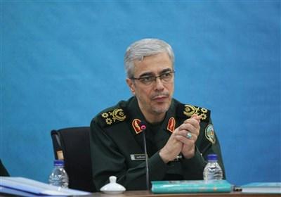 اللواء باقری : استراتیجیة ایران الدفاعیة غیر قابلة للتغییر