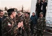 فرمانده ارتش از چادرهای اسکان اضطراری زلزله بازدید کرد + عکس