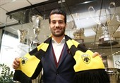 Iran's Masoud Shojaei to Wear No. 24 in AEK
