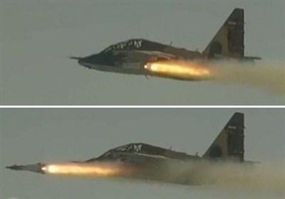 """سپاہ پاسداران کے """"سوخو25"""" جنگی طیارے سے """"بینا"""" میزائل کی فائرنگ"""