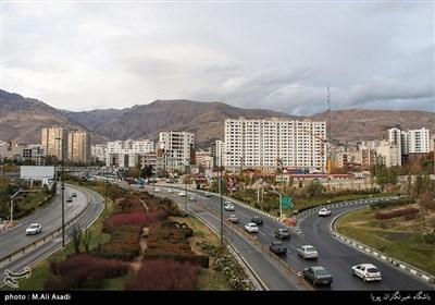 محله ازگل از شمال به كو ههاي البرز منتهی می شود