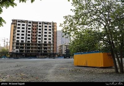 ساخت برج های مسکونی سر به فلک کشیده باعث تخریب محیط زیست در این محله شده است