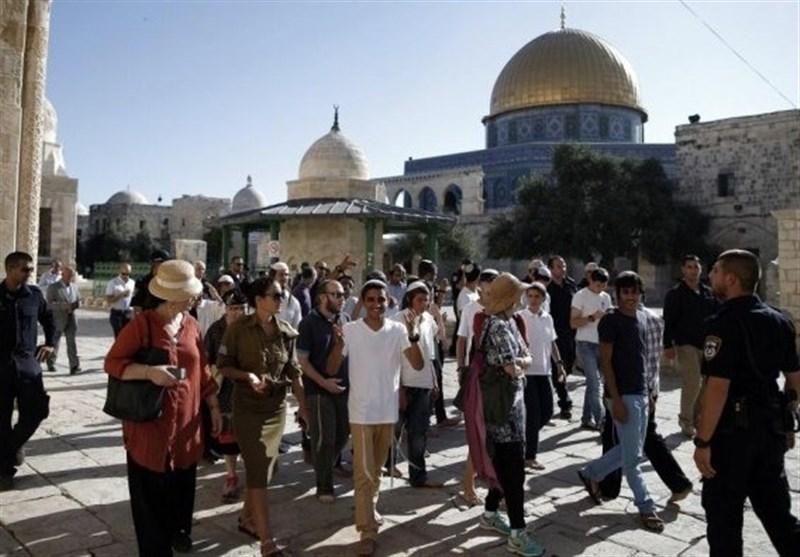 یورش شهرکنشینان صهیونیست به مسجدالاقصی؛ بازداشت 5 شهروند فلسطینی در کرانه باختری