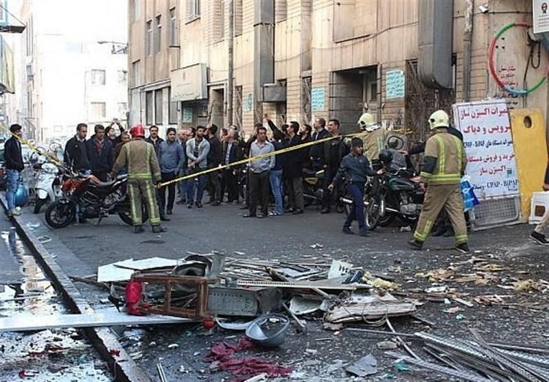 تصاویر/ انفجار دیگ بخار در خیابان ولیعصر