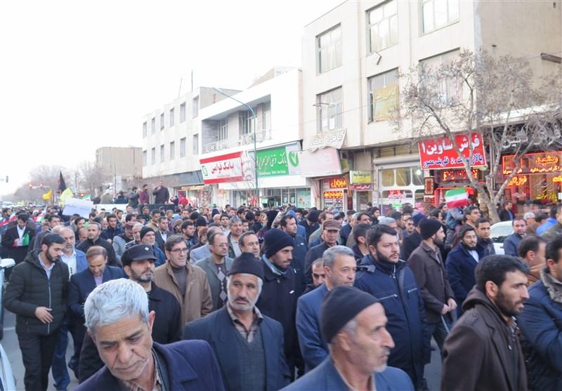 تجمع مردم زنجان در محکومیت آشوبگران