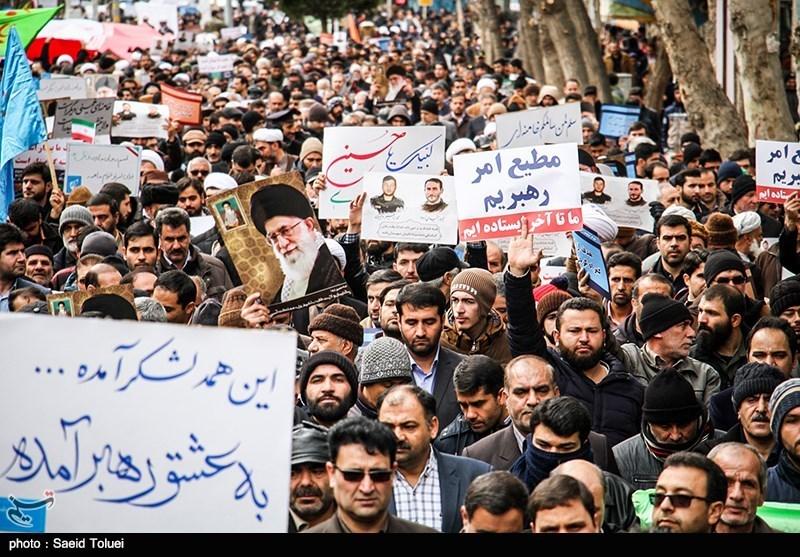 مردم اصفهان اقدام اغتشاشگران و فتنهگران را محکوم میکنند