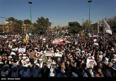راهپیمایی مردم اصفهان در محکومیت اغتشاشات اخیر و تشییع شهید شاهسنایی