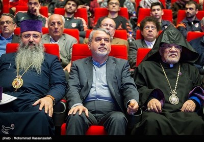 تہران میئر کی توحیدی ادیان کے رہنماوں سے ملاقات