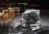 آتش گرفتن پژو 206 پس از تصادف شدید با گاردریل + تصاویر