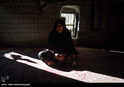 صفورا در 50 سالگی هیچ کجا را به غیر از روستای خود ندیده است وی همچنین هیچگاه بچه دار نشده است