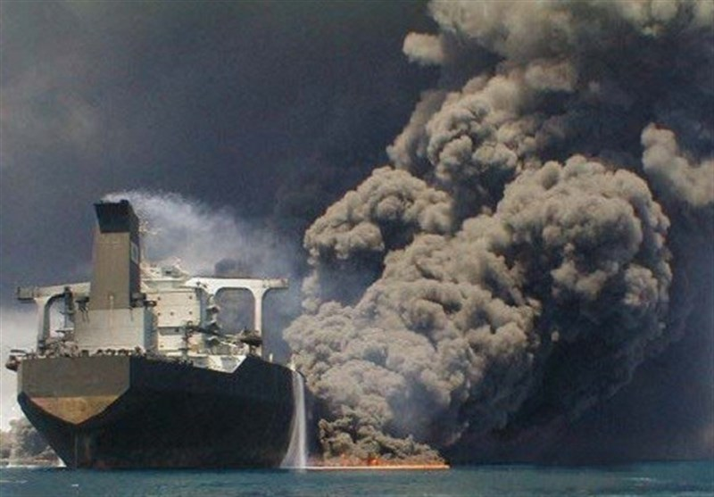 Iran Navy Team to Visit China over Burning Oil Tanker